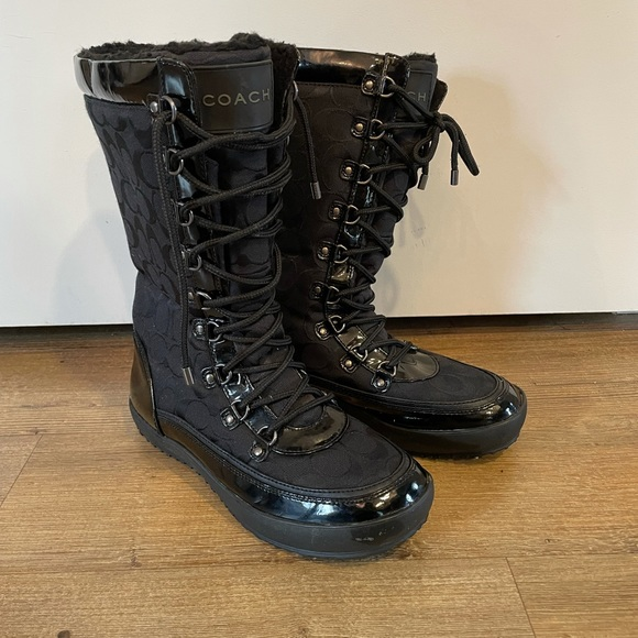 Coach mid height winter boots